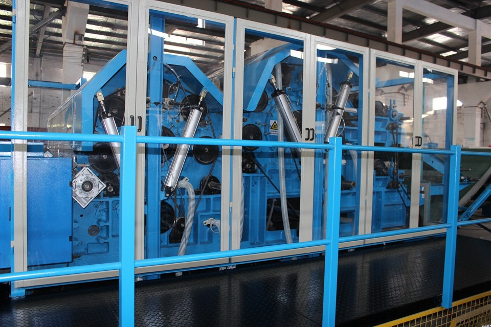 Nonwoven Polyester Wadding Wool Carding Machine , Fiber Processing Equipment Double Doffer